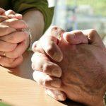 handen gebed dienen leiderschap