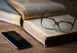 Bijbel Bijbesltudie Smarphone Bijbelonderzoek