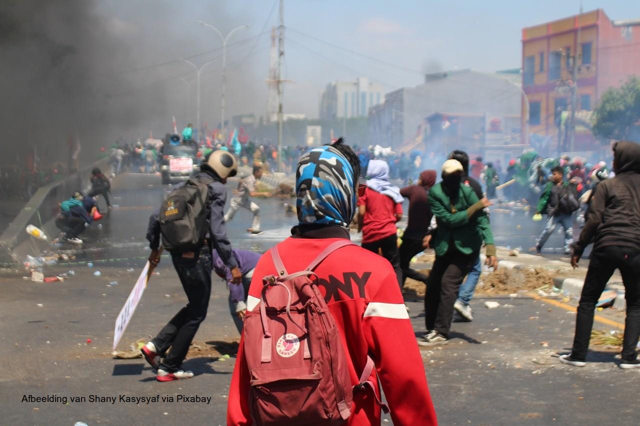 rellen dictatuur politiestaat