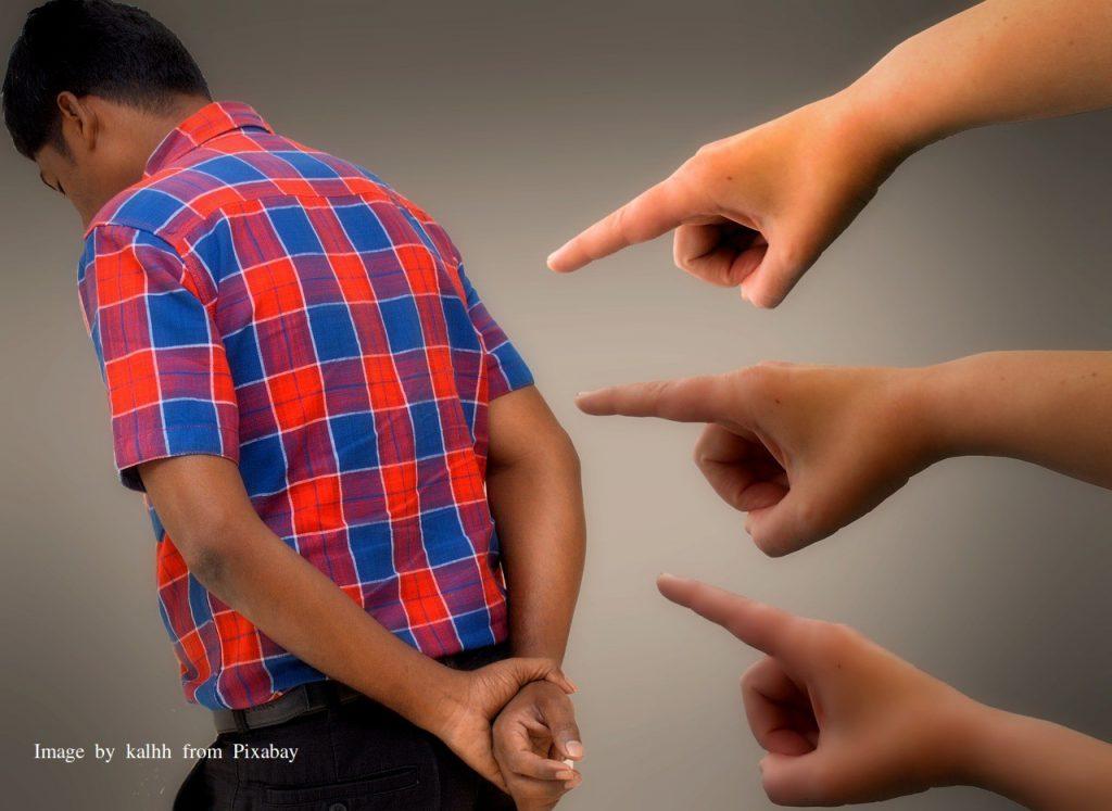 Jij bent een Zondaar - met de vinger wijzen naar anderen