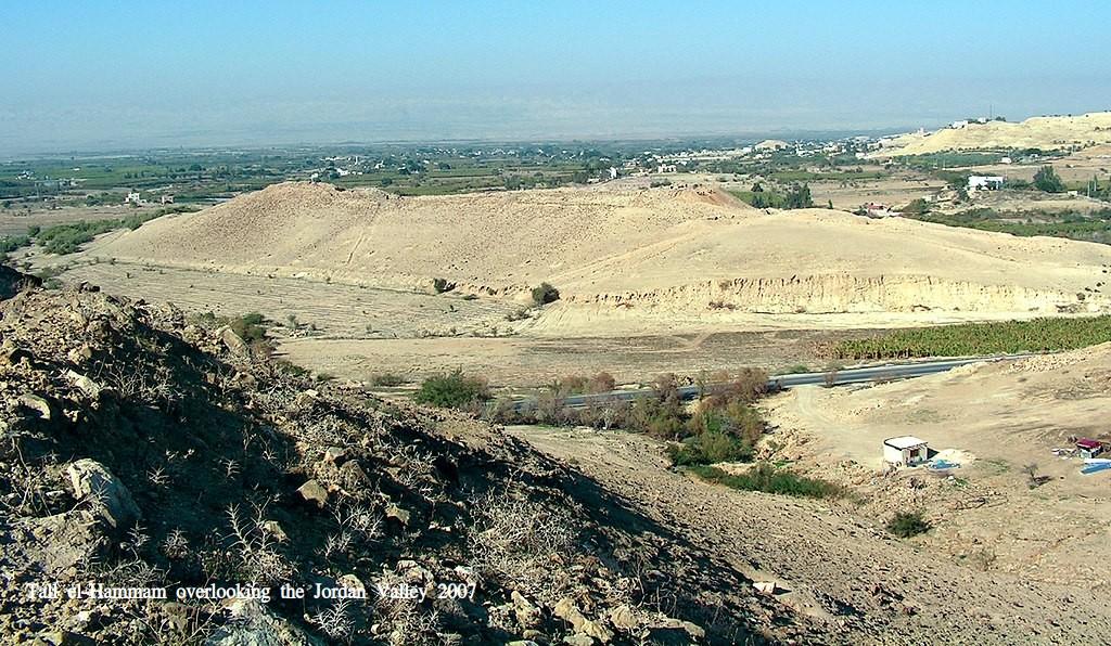 Tall el-Hammam overlooking the Jordan Valley 2007